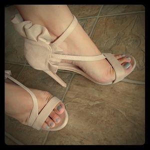 Tan Size 8.5 High Heels